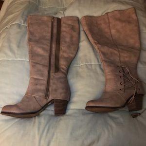 Torrid boots size 9w